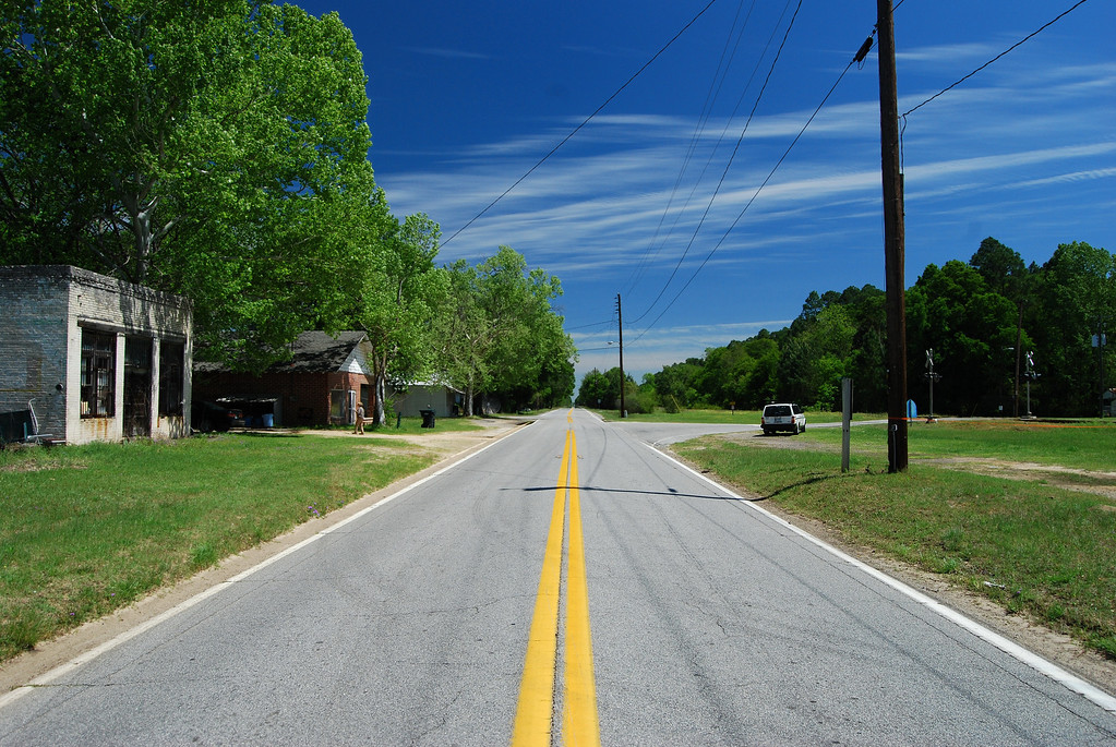 View of GA 292 looking east. Manassas, GA (Tattnall County) April 2008