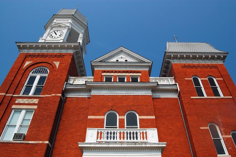 Taliaferro County Courthouse, Crawfordville, GA (Taliaferro County). 2007