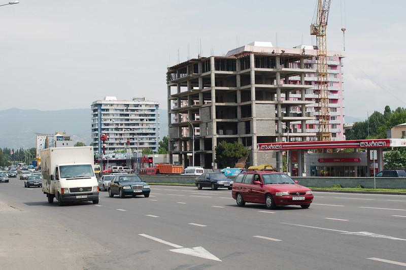 Entering Tbilisi in traffic
