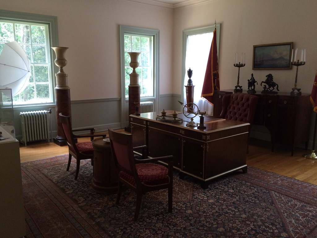 President Snow's Office, The Swan House