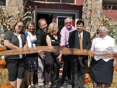 Pretty River Estates Relaunch and Ribbon Cutting 010