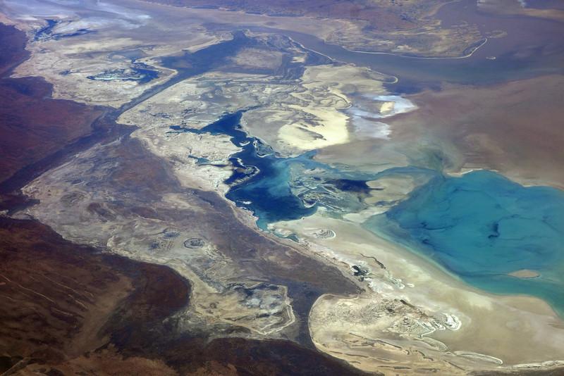 Near-coastal Lake Macleod in the desertlike area north of Carnarvon, West Australia