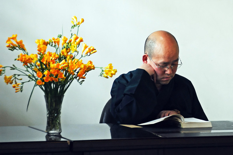 Deepening the Buddhist faith, China
