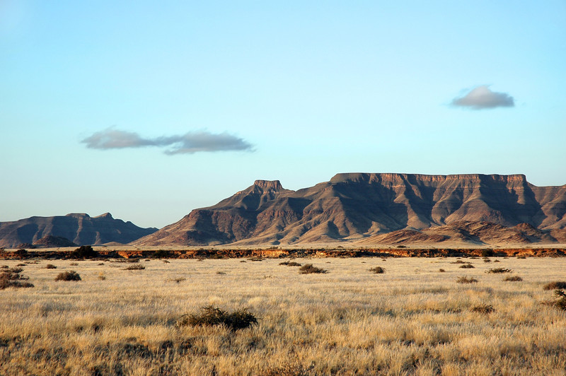 Time recorded in rocks of the Zaris Mountains, Namibia
