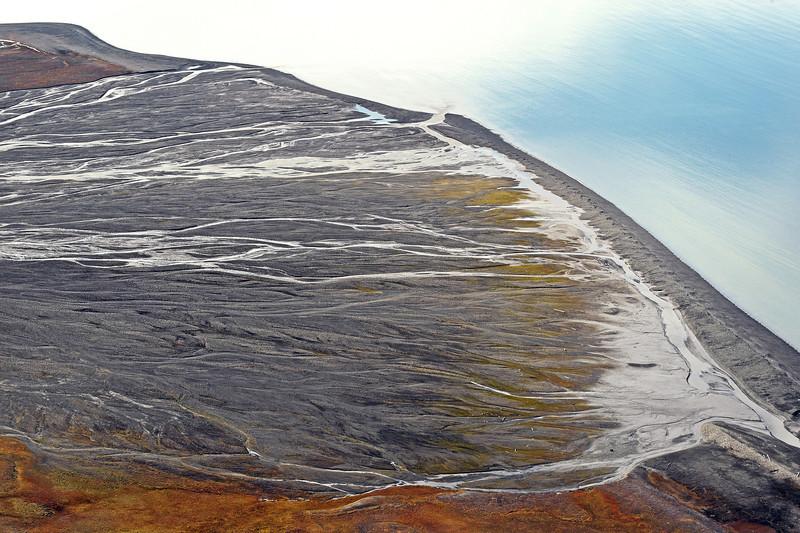Richterelva glacial river delta in the Van Keulenfjorden, Svalbard
