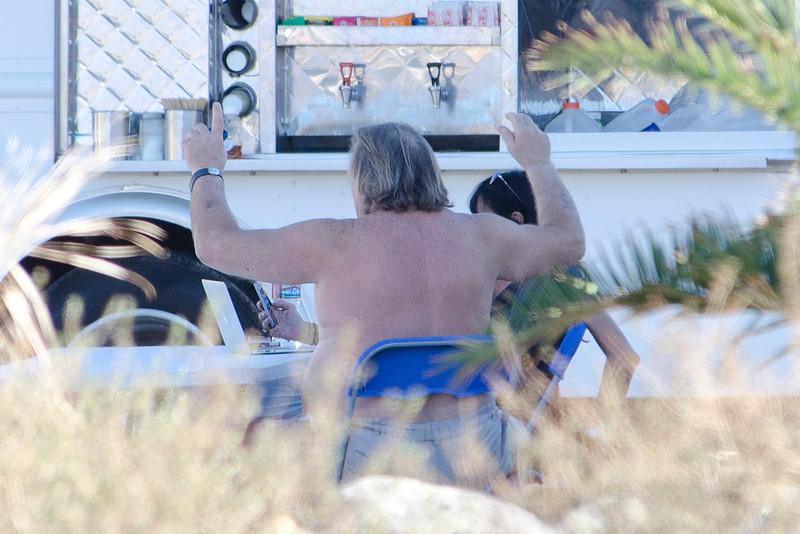 Gerard Depardieu torse nue