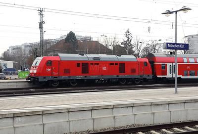 245 008 (92 80 1245 008-8 d-db) at Munich Ost on 10th February 2017 (3)