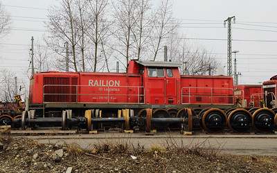 290 557 (98 80 3290 557-8 D-DB) at Ingolstadt Depot on 9th February 2017 (1)