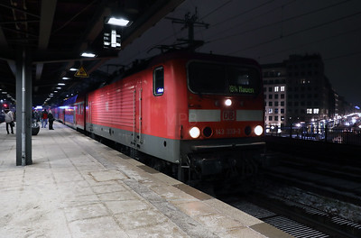 143 333 at Berlin Friedrichstrasse on 2nd February 2017 (4)