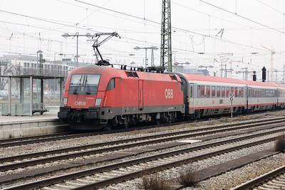OBB, 1116 261 (91 81 1116 261-9 A-OBB) at Munich Ost on 10th February 2017 (2)