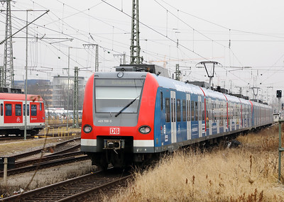 423 709 at Munich Ost on 10th February 2017 (2)
