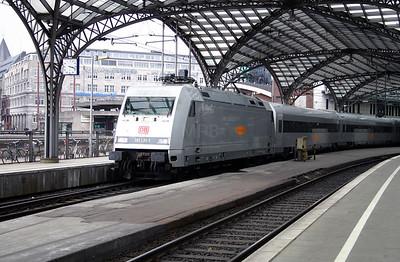 101 131 at Koln Hbf on 13th April 2004