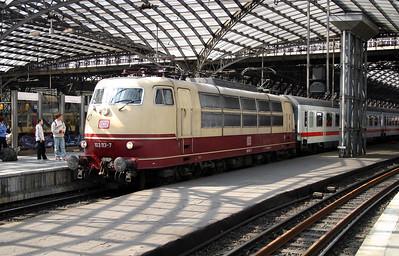 2) 103 113 at Koln Hbf on 12th April 2004