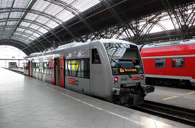 VT 012 (95 80 0650 544-9 D-VVRO) at Leipzig Hbf on 8th August 2010 (4)