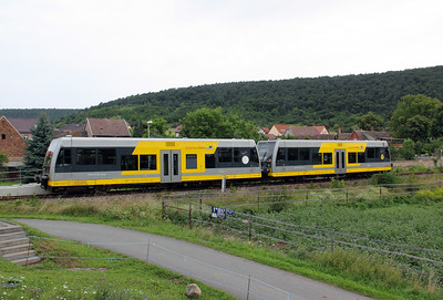 672 904 at Wangen (Unstrut) on 7th August 2010 (3)