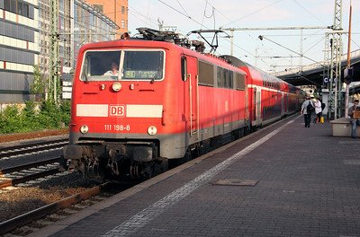 111 198 at Frankfurt (main) West on 6th August 2010 (1)