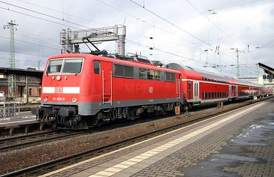 111 099 at Gieben (Giessen) on 20th February 2005 (2)
