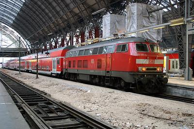 218 497 at Frankfurt Main Hbf on 21st February 2005 (2)