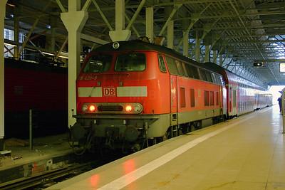 218 429 at Frankfurt Main Hbf on 20th February 2005