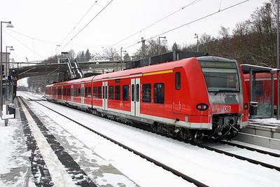 425 702 at Seckach on 19th February 2005
