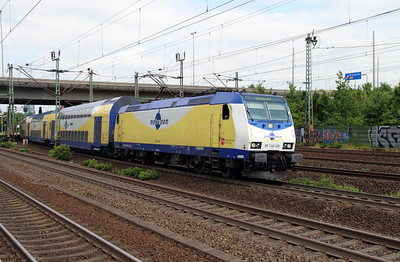 ME, 146-08 (91 80 6146 508-7 D-ME) at Hamburg Harburg on 15th July 2013 working ME82012