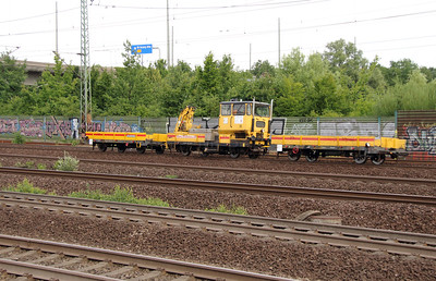 Track machine at Hamburg Harburg on 15th July 2013