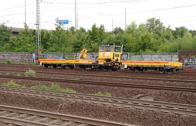 Track machine at Hamburg Harburg on 15th July 2013