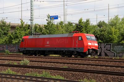 152 073 (91 80 6152 073-3 D-DB) at Hamburg Harburg on 15th July 2013