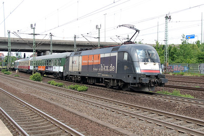 HKX, ES 64 U2 030 (91 80 6182 530-6 D-DISPO) at Hamburg Harburg on 15th July 2013 working HKX1802