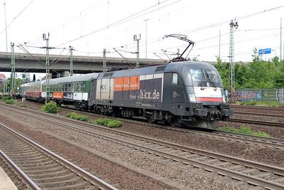 HKX, ES 64 U2 030 (91 80 6182 530-6 D-DISPO) at Hamburg Harburg on 15th July 2013 working HKX1802