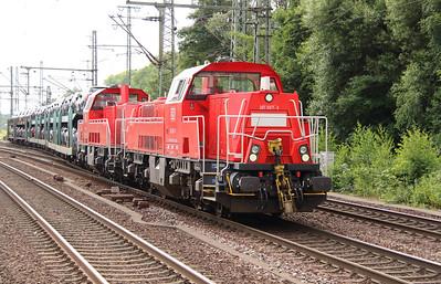 2) 261 067 (92 80 1261 067-3 D-DB) at Hamburg Harburg on 15th July 2013