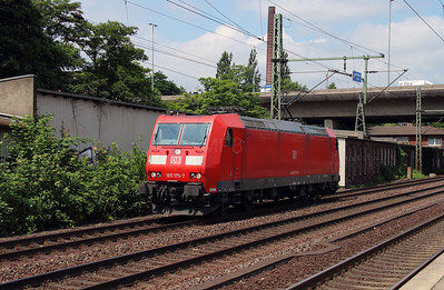 185 175 (91 80 6185 175-7 D-DB) at Hamburg Harburg on 15th July 2013.