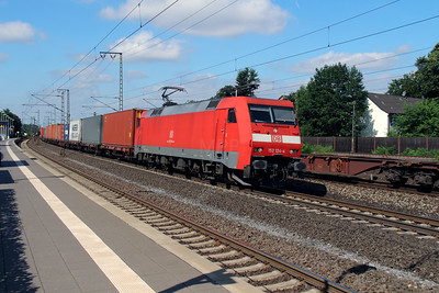 152 124 (91 80 6152 124-4 D-DB) at Rotenburg (Wumme) on 6th August 2013
