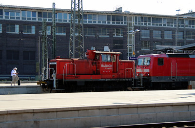 362 852 (98 80 3362 852-6 D-DB) at Bremen HBF on 6th August 2013