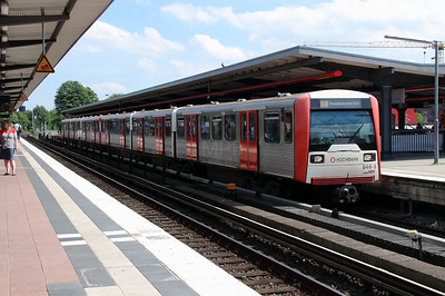 U Bahn, 846-3 at Barmbek on 6th August 2013
