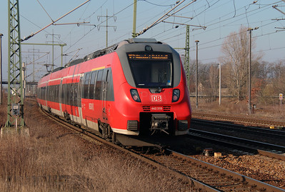 442 319 (94 80 0442 319-0 D-DB) at Berlin Schonefeld Flughafen on 16th March 2016
