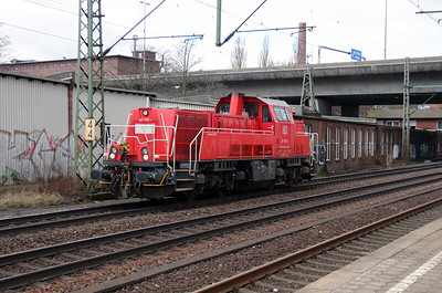261 030 (92 80 1261 030-1 D-DB) at Hamburg Harburg on 23rd March 2016 (2)