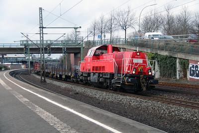 261 092 (92 80 1261 092-1 D-DB) at Hamburg Harburg on 21st March 2016 (2)
