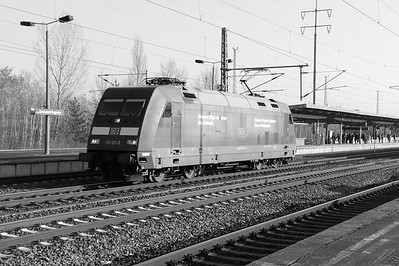 101 121 (91 80 6101 121-2 D-DB) at Berlin Schonefeld Flughafen on 16th March 2016 (1)