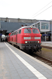 218 470 (92 80 1218 470-3 D-DB) at Lubeck Hbf on 20th March 2016 (2)