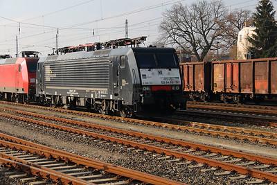 DISPO, ES 64 F4 157 (91 80 6189 157-1 D-DISPO) at Konigs Wusterhausen on 16th March 2016 (2)
