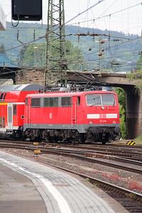 111 016 (91 80 6111 016-2 D-DB) at Aachen Hbf on 10th May 2016 (2)