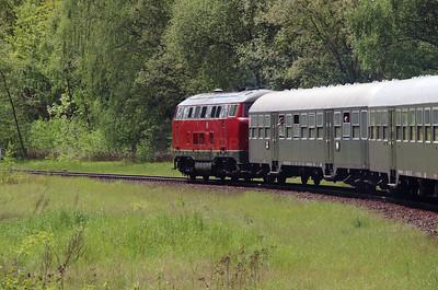 RPRS, V160 002 (92 80 1216 002-6 D-RPRS) near Salzgitter Calbecht on 15th May 2016 working Railtour (4)