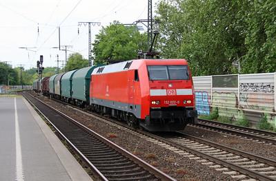 152 022 (91 80 6152 022-0 D-DB) at Koln Sud on 17th May 2016 (2)
