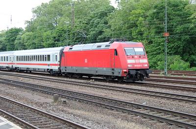 101 040 (91 80 6101 040-4 D-DB) at Koln West on 17th May 2016 (3)