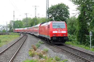 146 267 (91 80 6146 267-0 D-DB) at Koln West on 17th May 2016 (1)