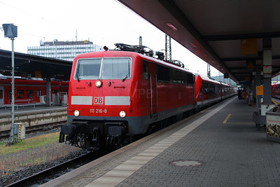 111 216 (91 80 6111 216-8 D-DB) at Wurzburg Hbf on 13th May 2016 working RE4599 (4)