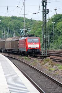 189 068 (91 80 6189 068-0 D-DB) at Koln West on 17th May 2016 (1)