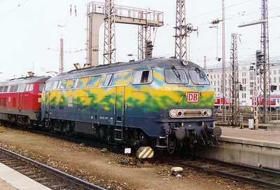 2) 218 418 at Munich HBF on 14th October 2003
