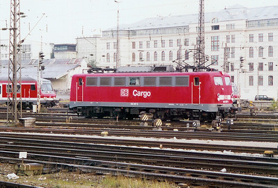 140 357 at Munich HBF on 14th October 2003